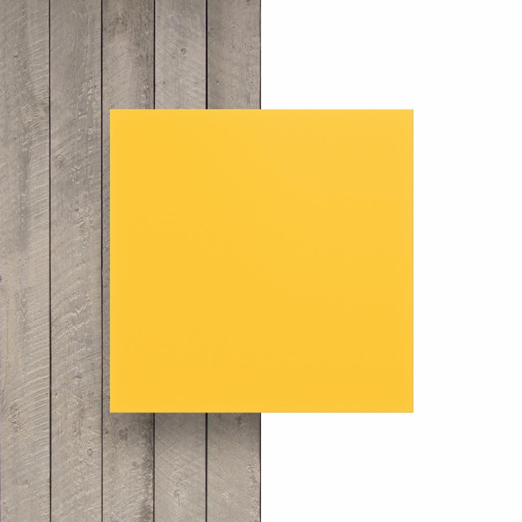 Voorkant geschuimd PVC geel