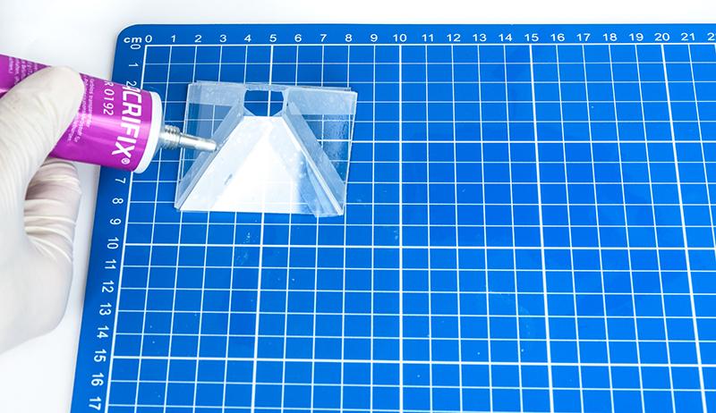 Hologram maken - Hologram lijmen