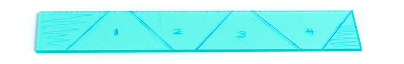 hologram maken van plexiglas - aftekenen van mal op strook