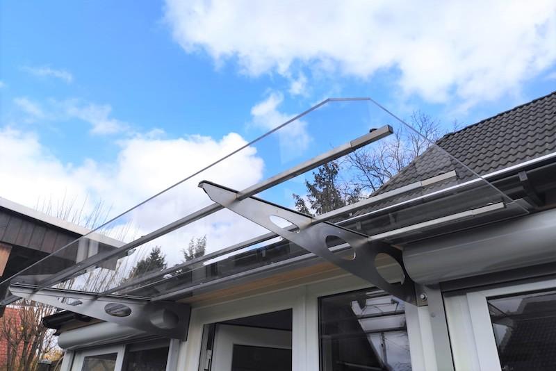 Deurluifel maken transparant plexiglas en aluminium frame
