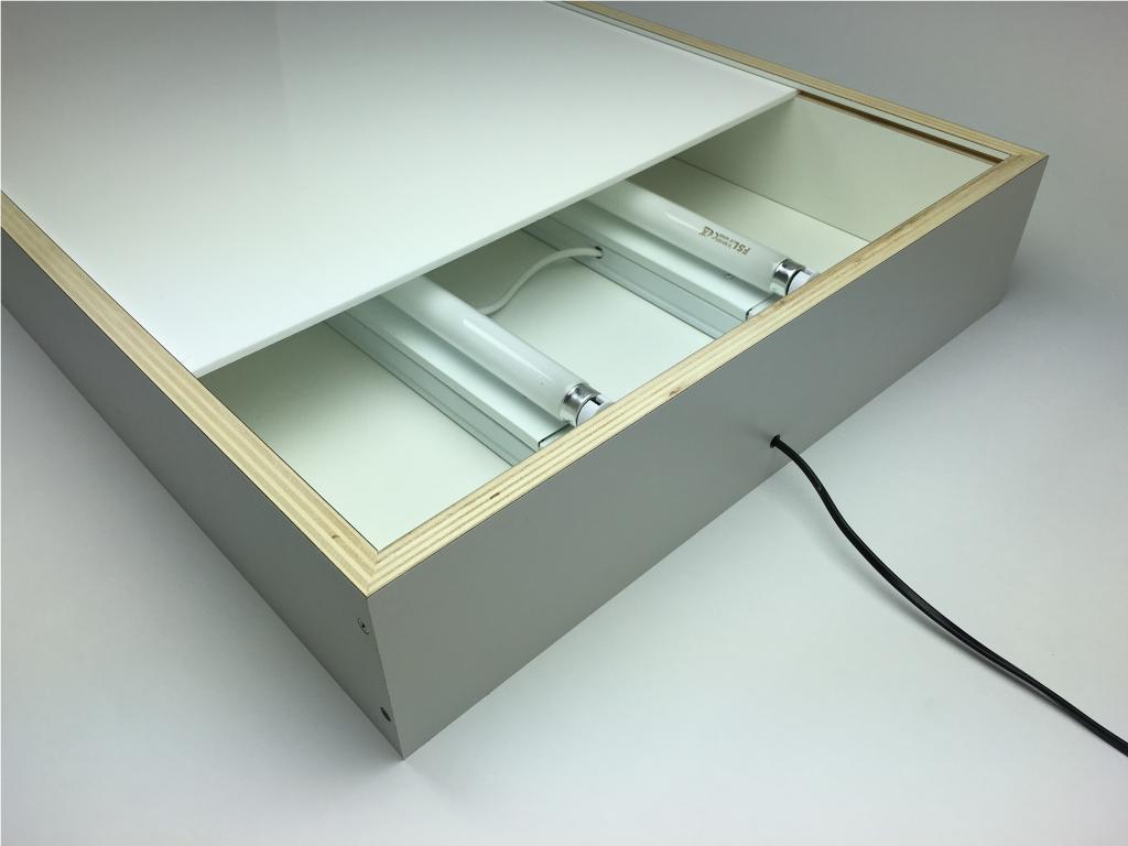 zelf een lichtbak maken. Black Bedroom Furniture Sets. Home Design Ideas
