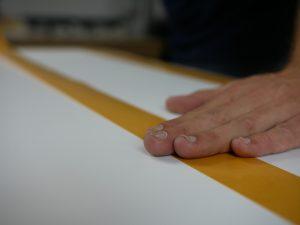 Behangen met tapijttape