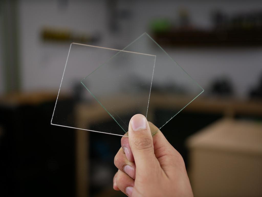 3 Plexiglas Bijzettafeltjes.Glas Of Plexiglas Wat Is De Beste Keuze Kunststofplatenshop Nl