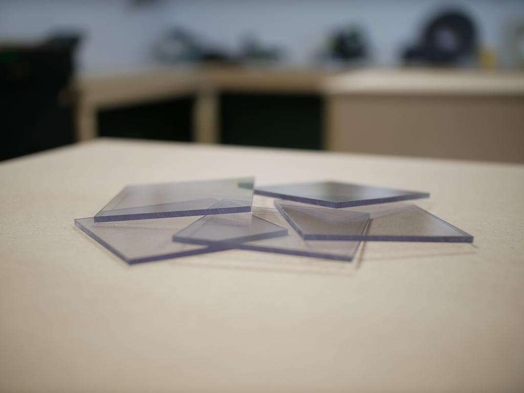 Plexiglas platen op maat gezaagd