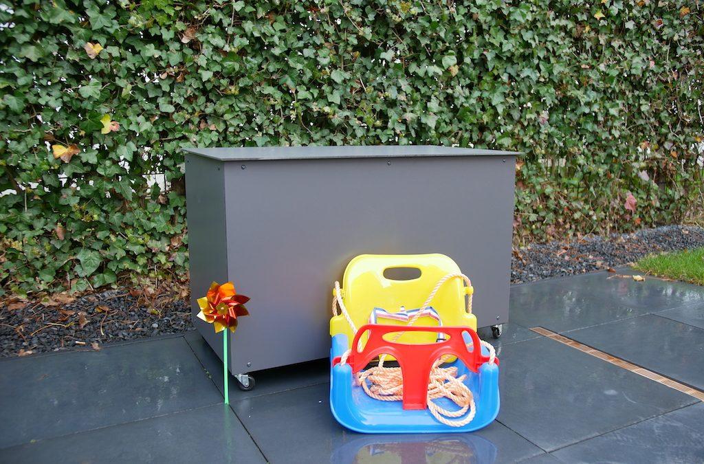 DIY: speelgoedkist buiten maken