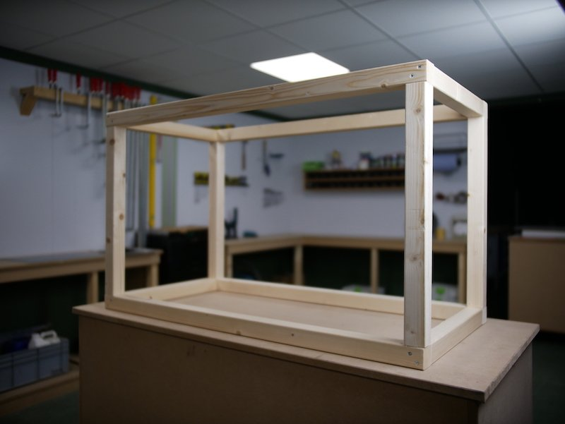 Pakketbrievenbus HPL frame eindresultaat