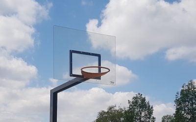 Basketbalbord zelf maken? Gebruik polycarbonaat