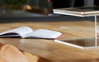 Laptopstandaard maken van plexiglas