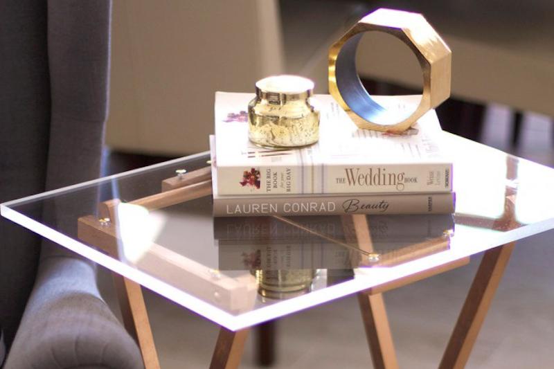 Zelf tafel maken bijzettafel doorzichtig plexiglas