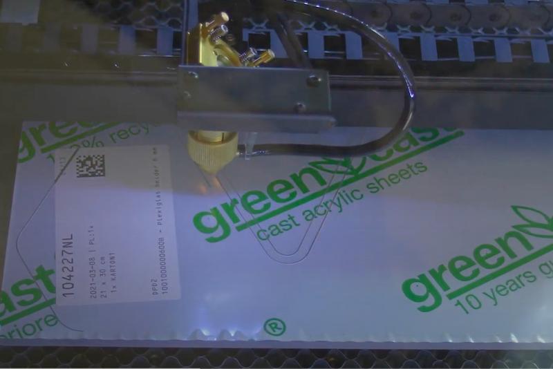mal maken voor epoxy plexiglas laseren