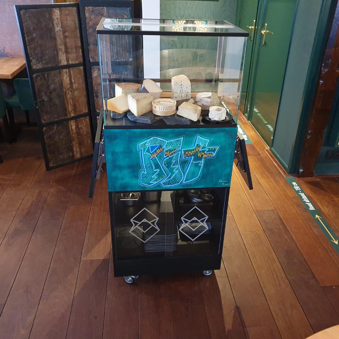 kaaswagen met plexiglas